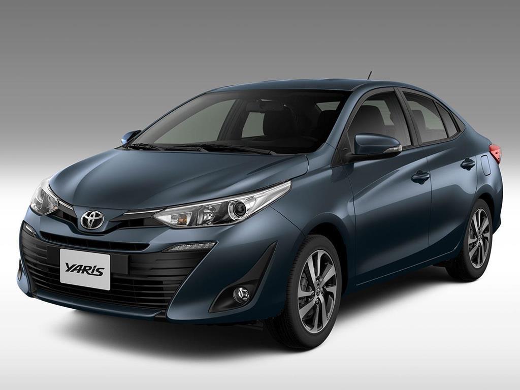 Foto Toyota Yaris Sedan 1.5 XLS nuevo color A eleccion precio $1.891.400