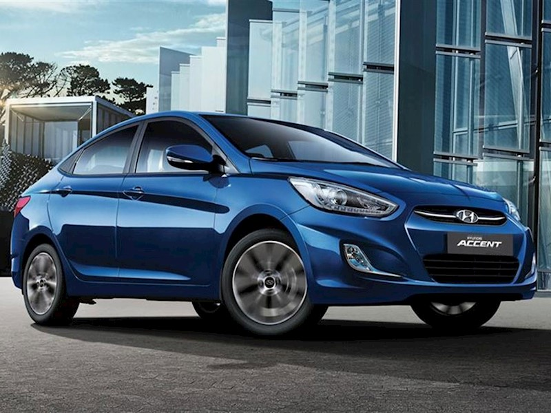 foto Hyundai Accent Sedán