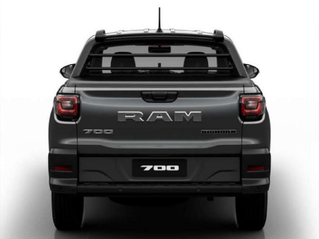RAM 700
