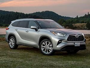 Oferta Toyota Highlander Limited Blue Ray nuevo precio $724,900