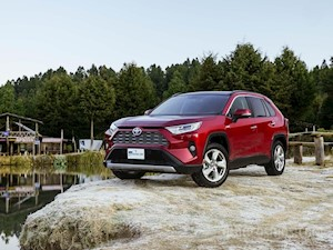 Toyota RAV4 Limited financiado en mensualidades enganche $58,290