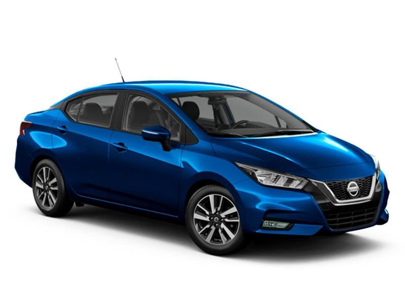 Nissan Versa Sense nuevo color Azul precio $1.716.645