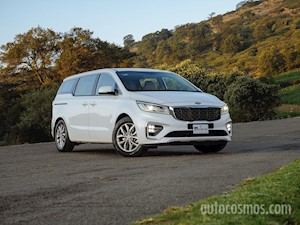 Foto Kia Sedona EX financiado