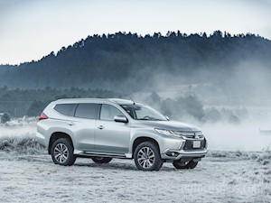 Mitsubishi Montero Sport ES financiado en mensualidades enganche $226,905