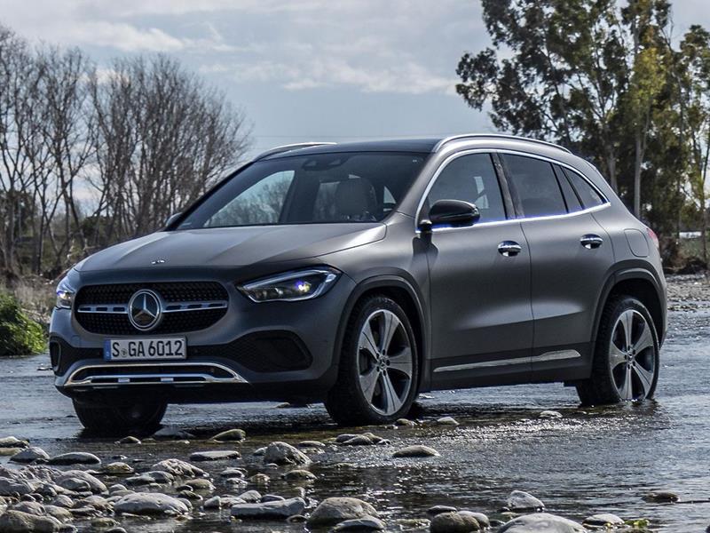 Mercedes Clase GLA 200 Progressive Aut nuevo color A eleccion precio $859,900