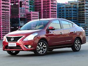 Nissan Versa Exclusive Aut financiado en cuotas anticipo $755.000 cuotas desde $18.300