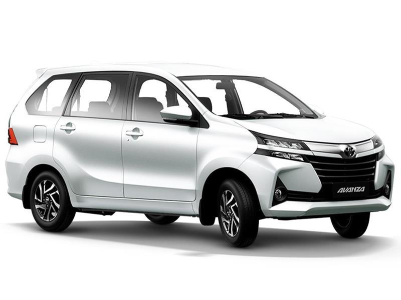 Toyota Avanza LE  nuevo color A eleccion precio $274,600