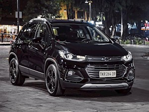 foto Chevrolet Tracker Midnight 4x2 (2020)