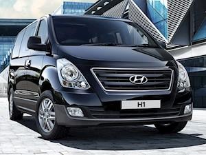 Hyundai H-1 panel