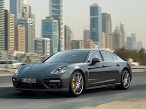 foto Porsche Panamera 3.0L (2020)