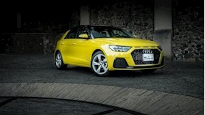 Audi A1 Sportback 30 Cool S-Tronic financiado en mensualidades enganche $22,382 mensualidades desde $2,191