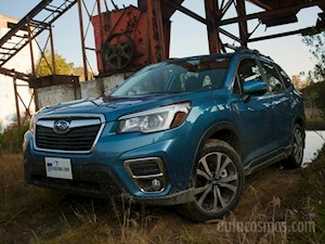 Subaru Forester Limited Eye Sight nuevo color A eleccion precio $575,900
