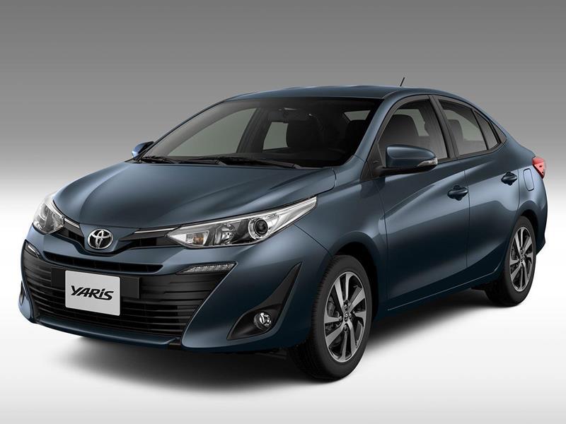 Toyota Yaris Sedan 1.5 XLS CVT nuevo color A eleccion precio $1.832.500