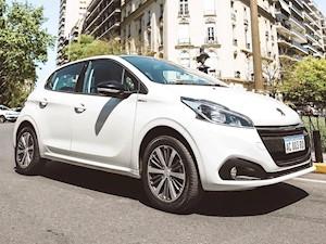 Peugeot 208 Serie Limitada In Concert nuevo color A eleccion precio $1.181.300