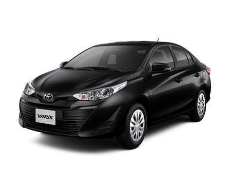 foto Toyota Yaris Sedán 1.5 XLS