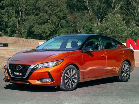 foto Nissan Sentra Exclusive Bi-tono Aut