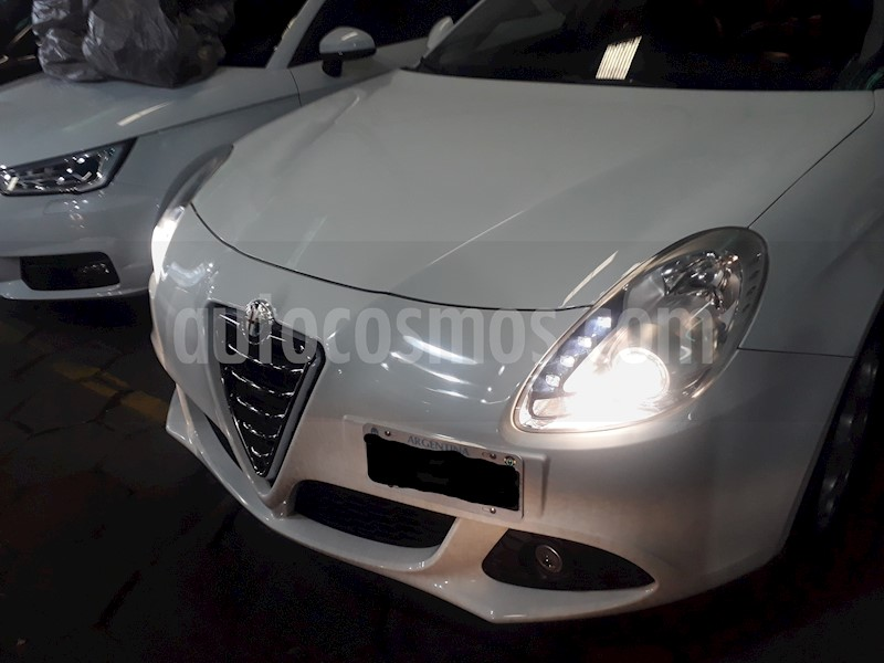 foto Alfa Romeo Giulietta 1.4 Distinctive (170Cv) usado