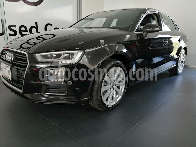 foto Audi A3 Sedán 40 TFSI Select Aut usado (2019) color Negro precio $475,000