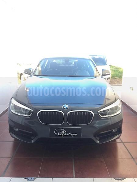 foto BMW Serie 1 120i Sport Line 5P Aut usado (2016) color Gris Mineral precio u$s28.000