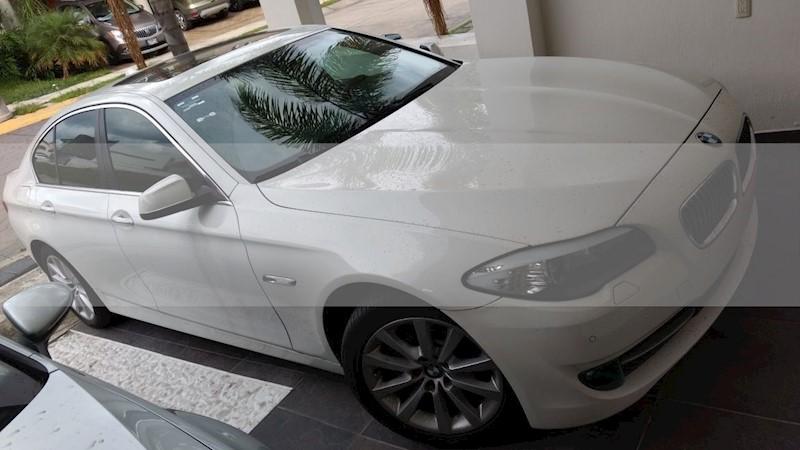 foto BMW Serie 5 530i Top usado