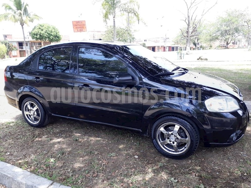 Chevrolet Aveo Emotion 4p 16l Full Usado 2010 Color Negro Precio