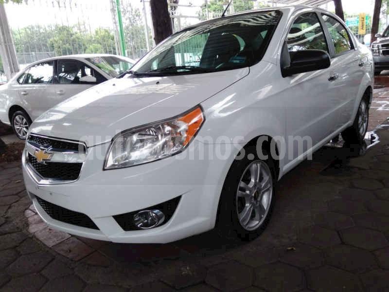 foto Chevrolet Aveo LTZ Aut usado (2017) color Blanco precio $133,900