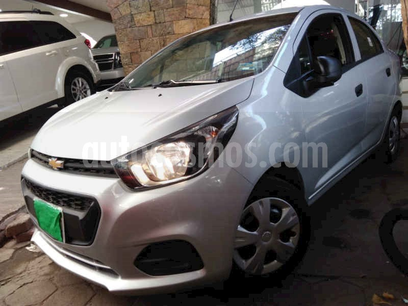 foto Chevrolet Beat LS Sedan usado