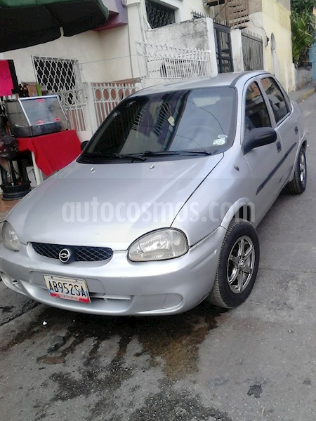 foto Chevrolet Corsa 4 Puertas Auto. A-A Usado