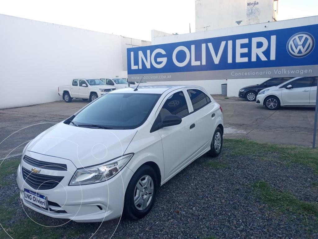 foto Chevrolet Onix Joy LS + usado (2017) color Blanco Summit precio $1.050.000