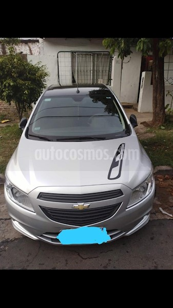 foto Chevrolet Onix LS Joy + usado