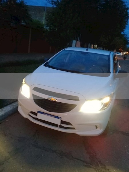foto Chevrolet Onix LS Joy usado