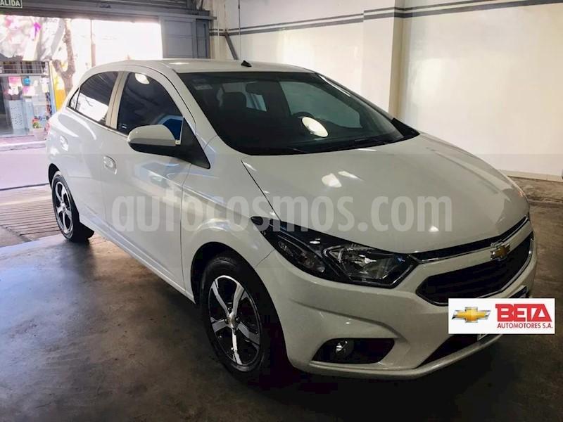 foto Chevrolet Onix LTZ usado (2018) color Blanco Summit precio $659.000