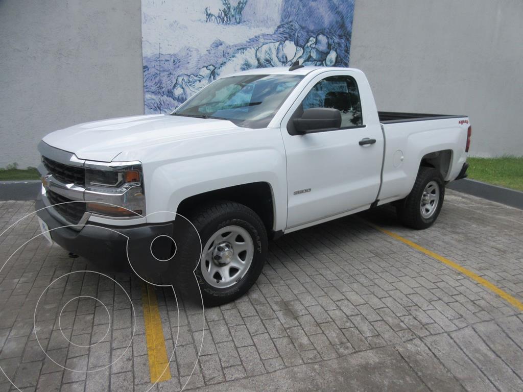 foto Chevrolet Silverado Cabina Regular 4X4 usado (2018) color Blanco precio $429,000