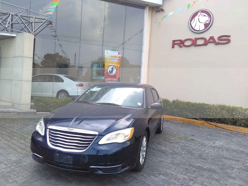 foto Chrysler 200 2.4L Touring usado