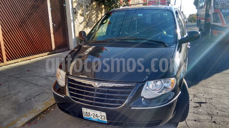 foto Chrysler Town and Country LX 3.8L  usado