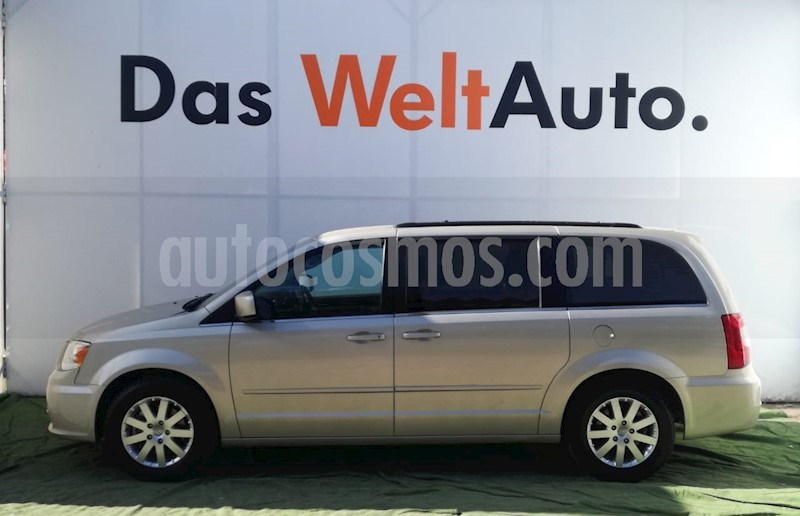 foto Chrysler Town and Country Touring 3.6L usado