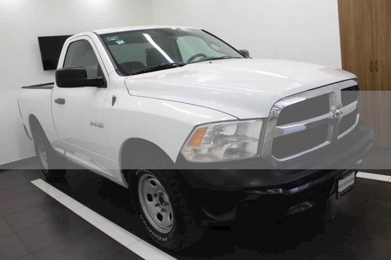 foto Dodge Ram Wagon 1500 SLT V8 usado