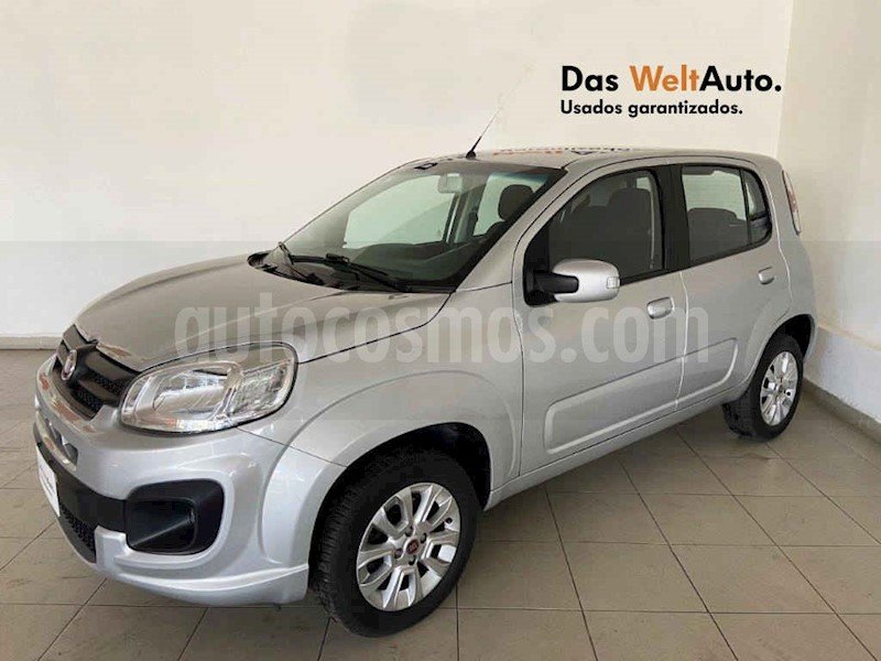 foto Fiat Uno Like usado (2017) color Plata precio $141,995