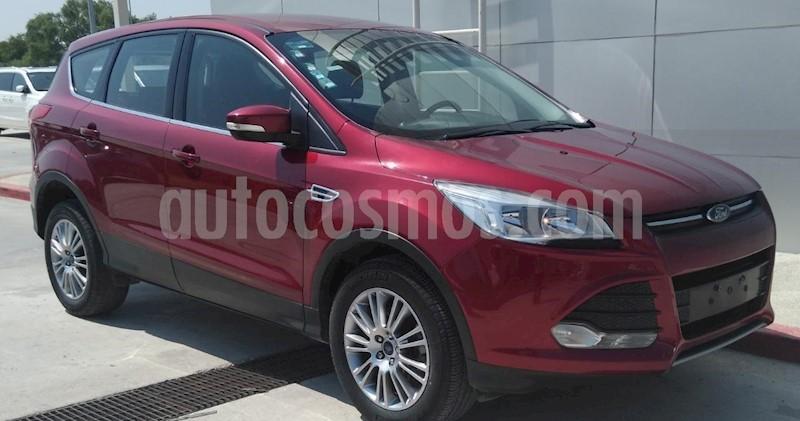 foto Ford Escape S usado (2016) color Rojo Rubí precio $225,000