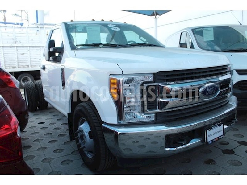 foto Ford F-350 XL Plus MT usado