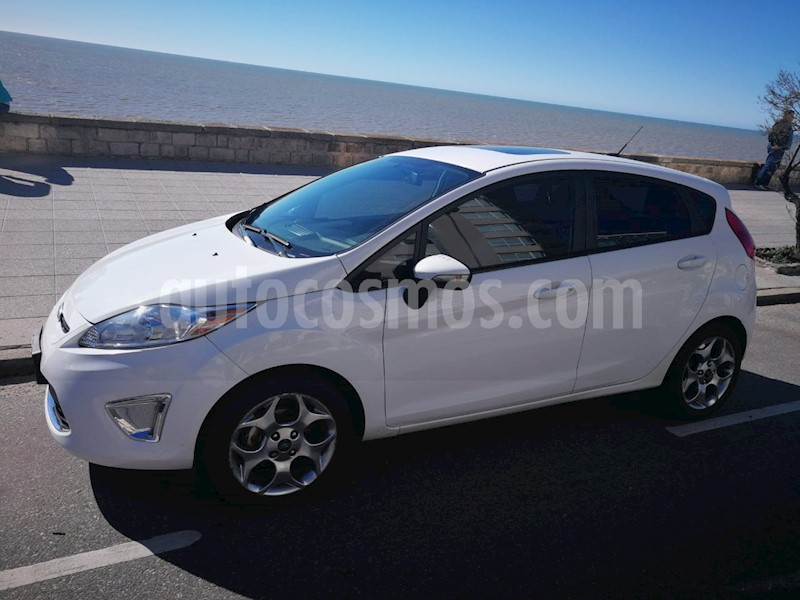 Ford Fiesta Kinetic Titanium Usado  2012  Color Blanco