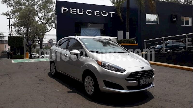 foto Ford Fiesta Sedan S usado