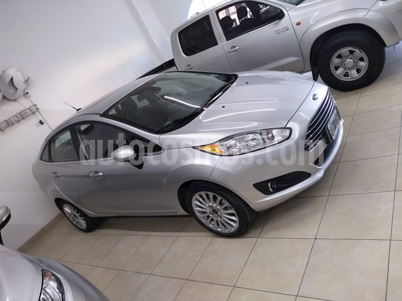 foto Ford Fiesta  5P Titanium Kinetic Design usado