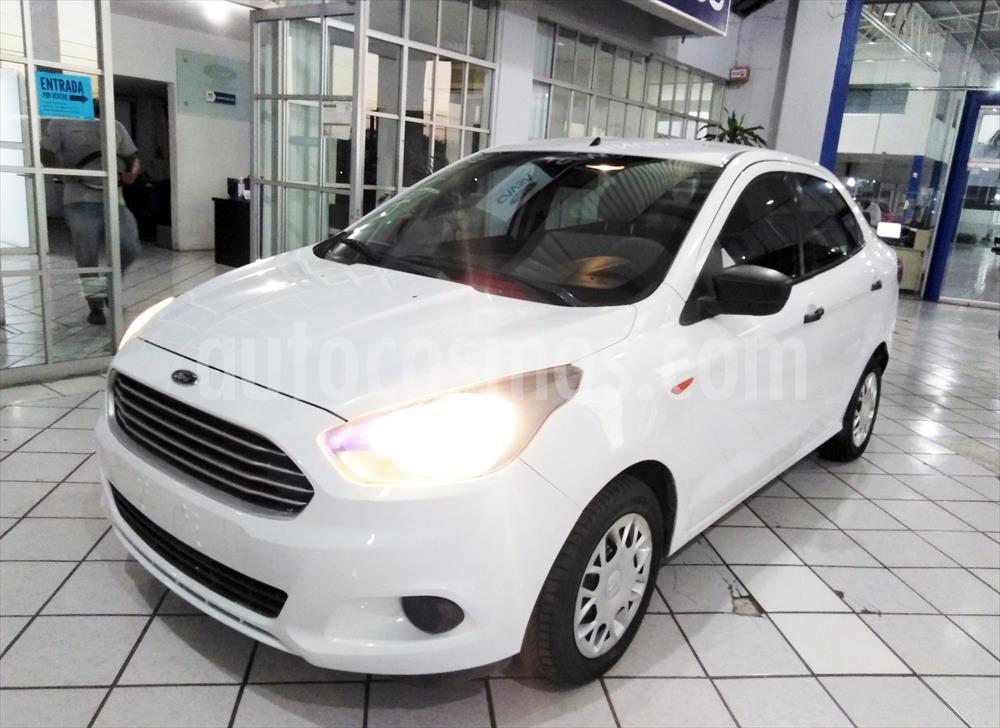 foto Ford Figo Sedán IMPULSE L4/1.5 MAN A/A usado (2016) color Blanco precio $135,000