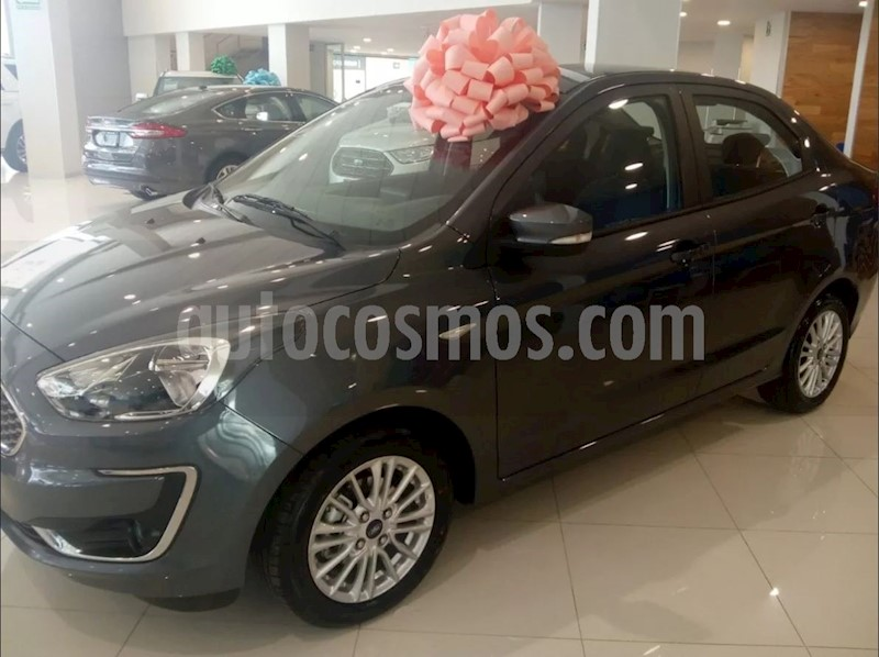 foto Ford Figo Sedan Titanium Aut nuevo