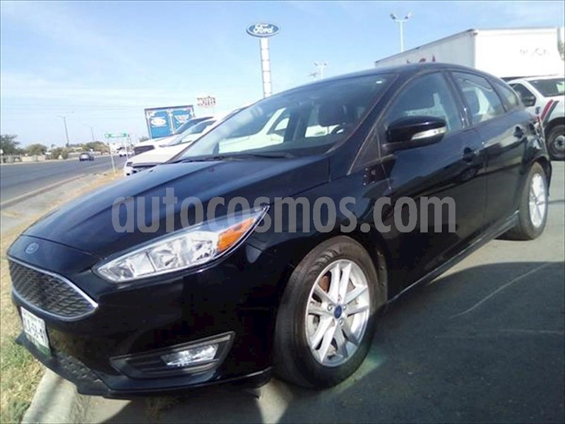foto Ford Focus Hatchback SE Aut usado (2016) color Negro precio $215,000