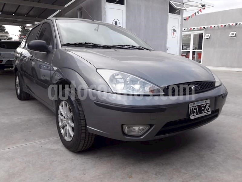 foto Ford Focus Sedan Ambiente 1.6 usado