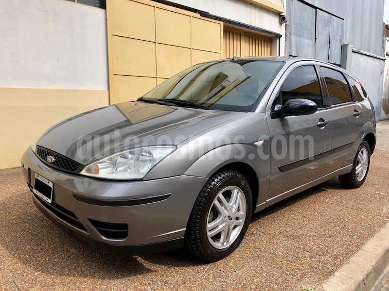 foto Ford Focus 5P 1.6L Edge Seguridad usado