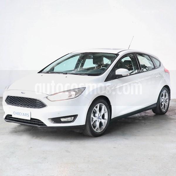 foto Ford Focus 5P 2.0L SE Plus usado (2016) color Blanco precio $917.000