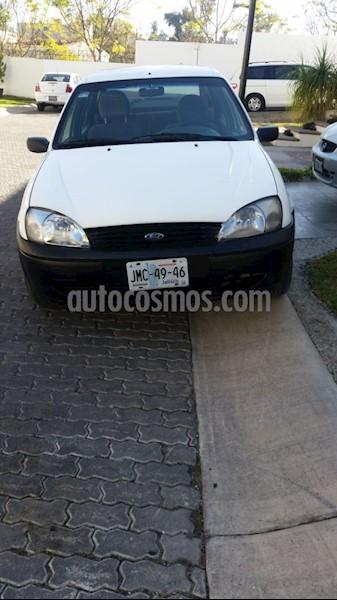 foto Ford Ikon Sedan First usado